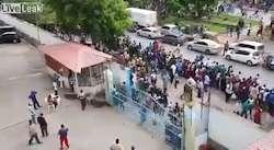Mouvement de foule poursuivi par la police en Covidie